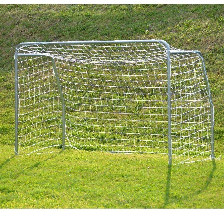 Avyna jalkapallomaali keskikoko