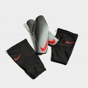Nike Protegga Carbonite Shinguards Säärisuojat Harmaa